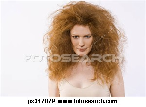 woman-frizzy-hair_px347079