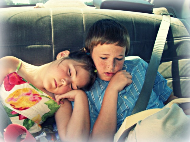 kids fell asleep in car